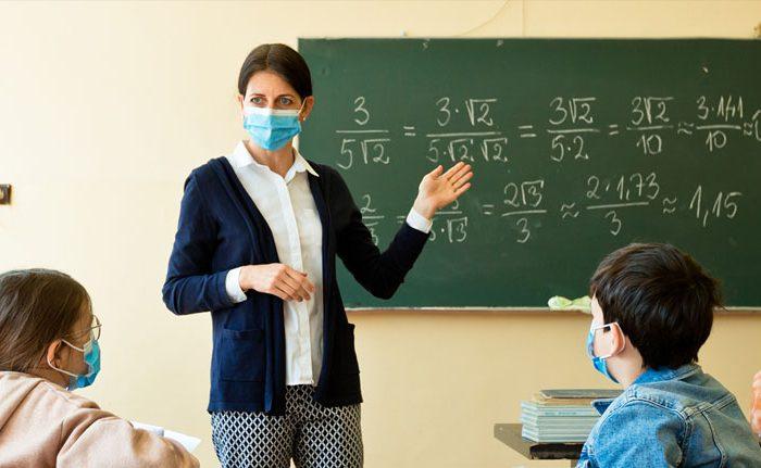 Autorización de «contratos eventuales por circunstancias de la producción» para incremento de plantilla docente por COVID-19